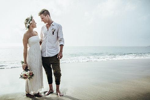 Brautpaar am Strand