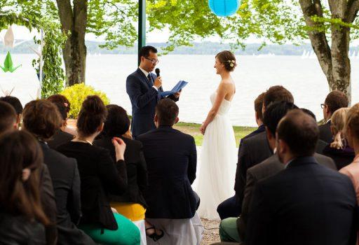 Eheversprechen bei interkultureller freier Trauung rührt alle zu Tränen
