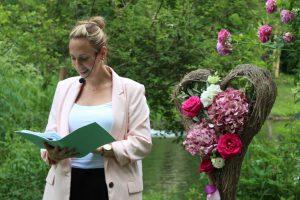 Traurednerin München: Melanie von Strauß & Fliege gestaltet wunderschöne Hochzeitszeremonien