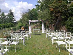 Hochzeit mit Strauß & Fliege Traurednern in Leipzig