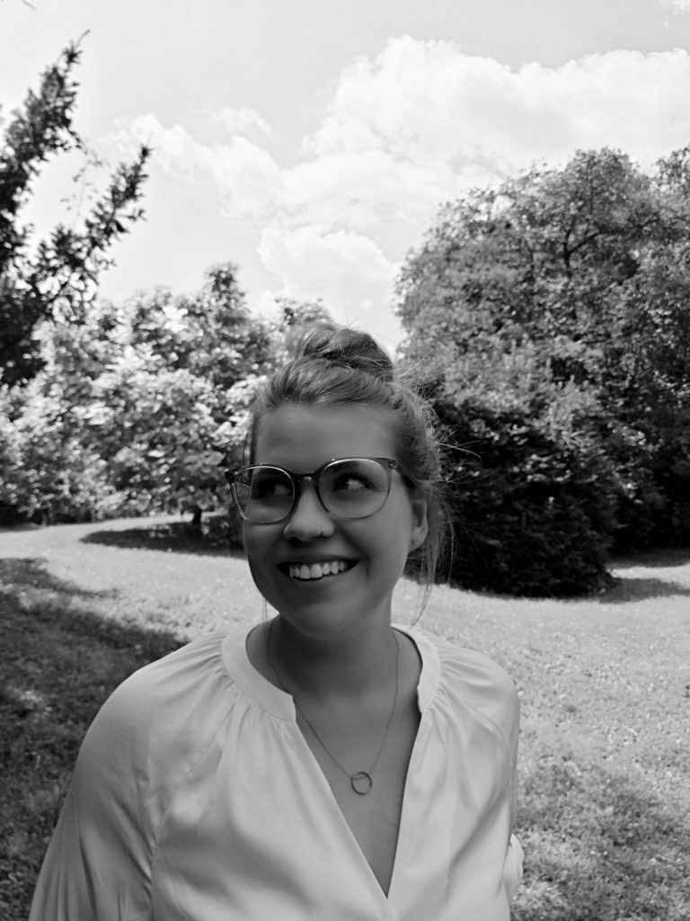 Strauß & Fliege Traurednerin in Linz Lucia Sittenthaler