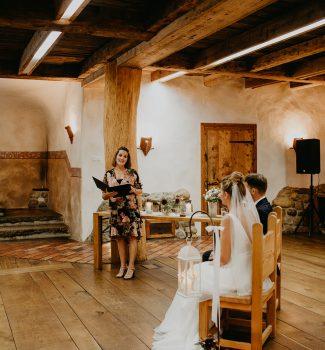 Traurednerin Nicola von Strauß & Fliege bei einer wunderschönen Hochzeit
