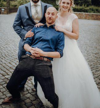 Trauredner Anton Phole in Leipzig mit seinem Brautpaar