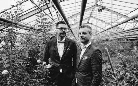 Ehe für Alle | Queere Trauzeremonie | Freie Trauung | Strauß & Fliege