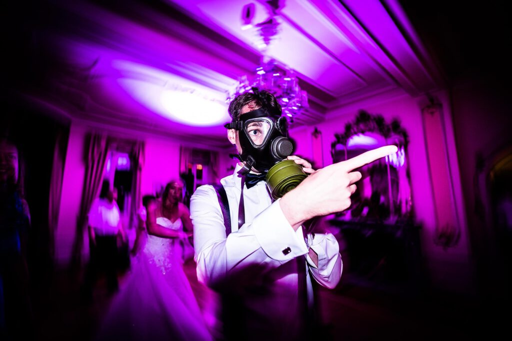 Wilde Partystimmung aus Hochzeit in Frankfurt   Strauß & Fliege